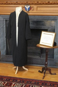 Abdul-Baha's robe and quotation